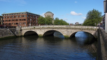 1280px-Dublin_-_Father_Mathew_Bridge_-_110508_182542