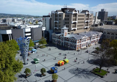 Cathedral_Square_Christchurch_NZ_cropped