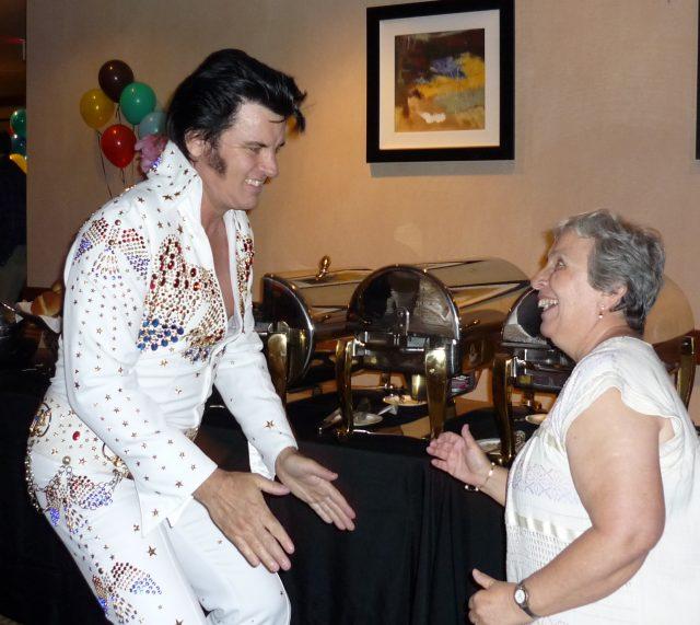 Camile, Elvis