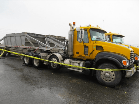 supervisor crushed between trailers